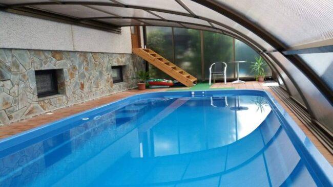 Zapuštěný laminátový bazén vydrží bez problémů 40 let