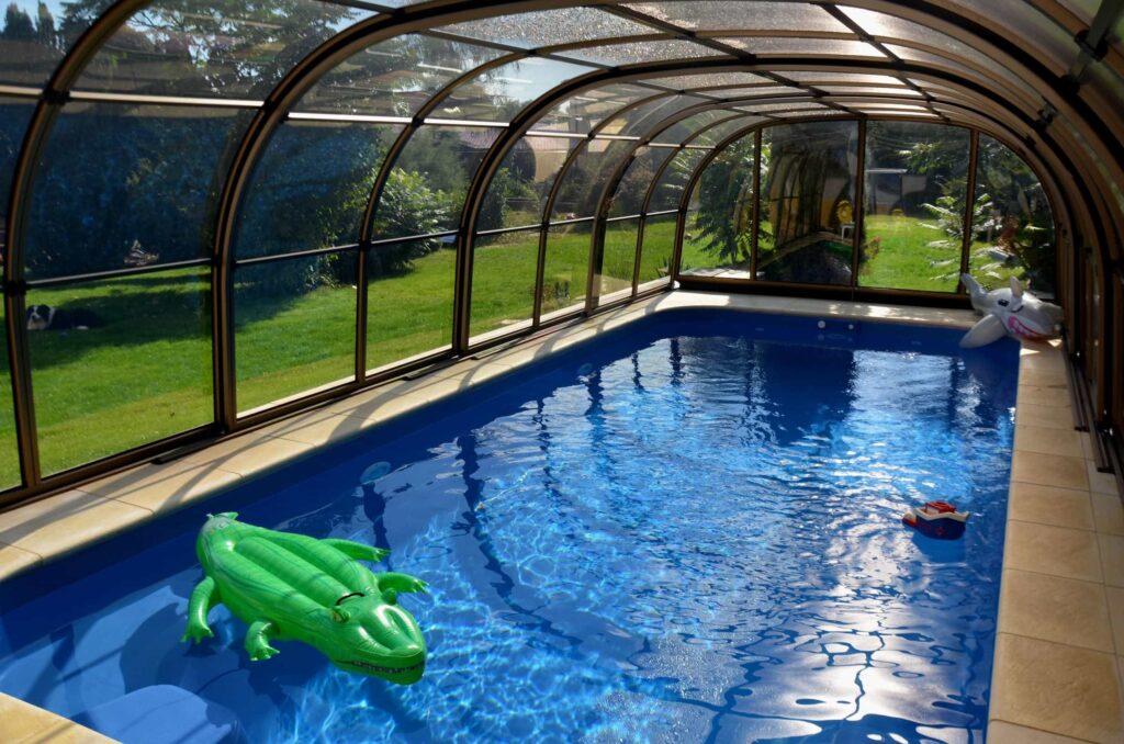 víceobloukové zastřešení bazénu